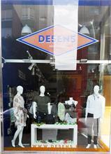 DE5EN5 inaugura una nueva tienda en Villena