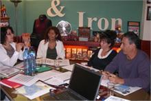 Clean & Iron Service - Clean & Iron Service firma la segunda máster franquicia del 2010